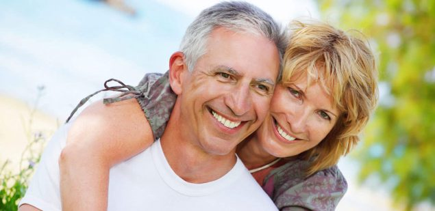Wills & Trusts happy-couple Estate planning Direct Wills Wantage